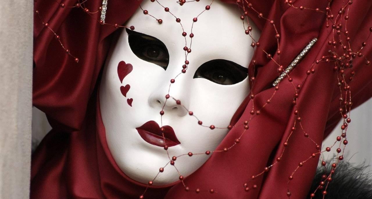 Le maschere e il volto – 1