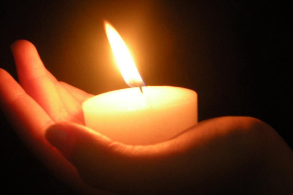 Dialogo tra una candela