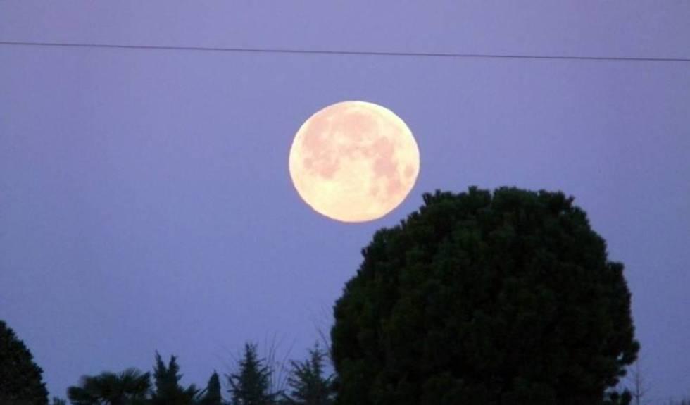 Tanti saluti dalla luna